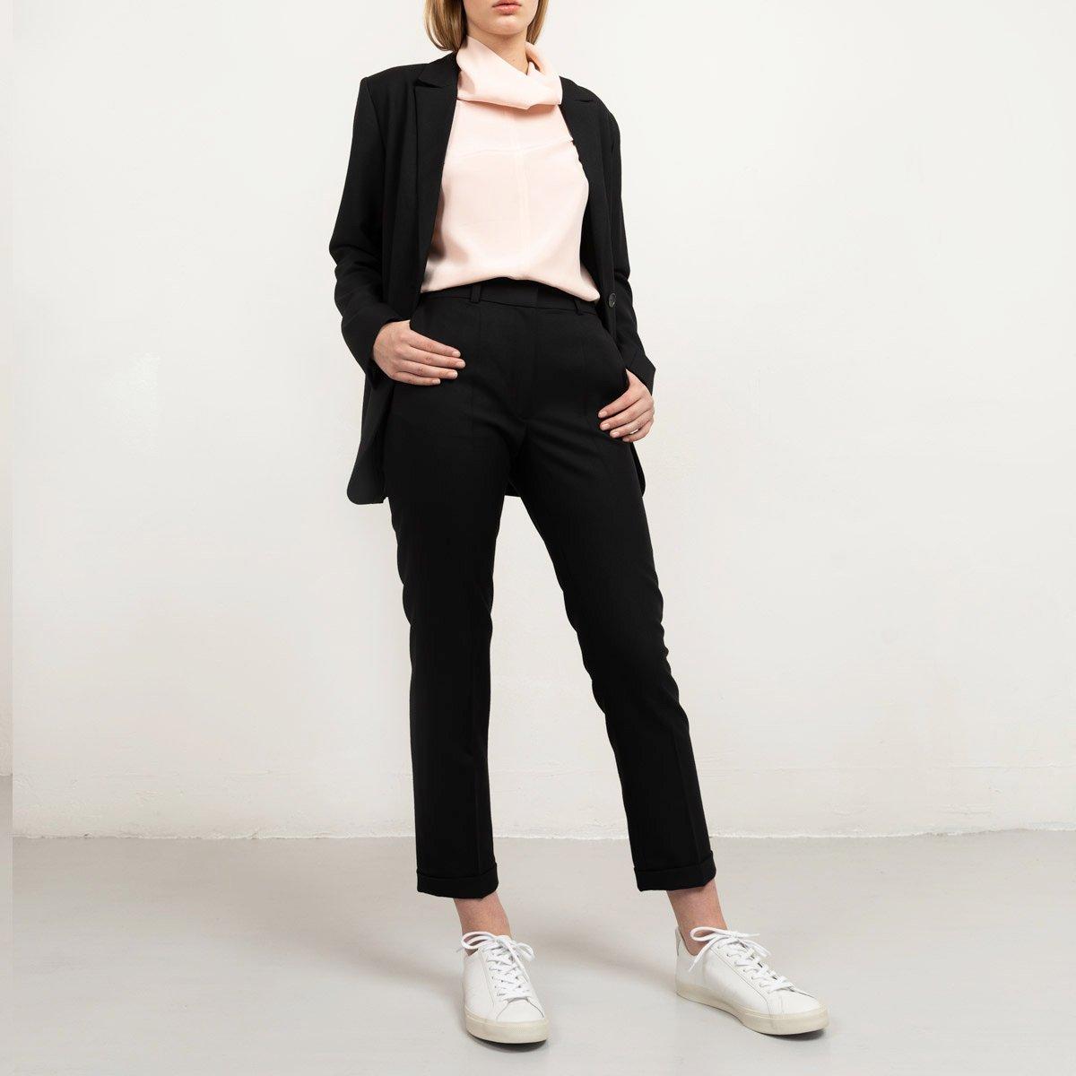 Custom-fit suit pants