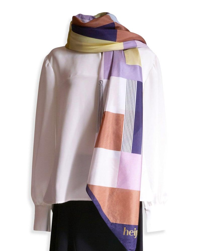 Silk scarf with Heijnes signature print
