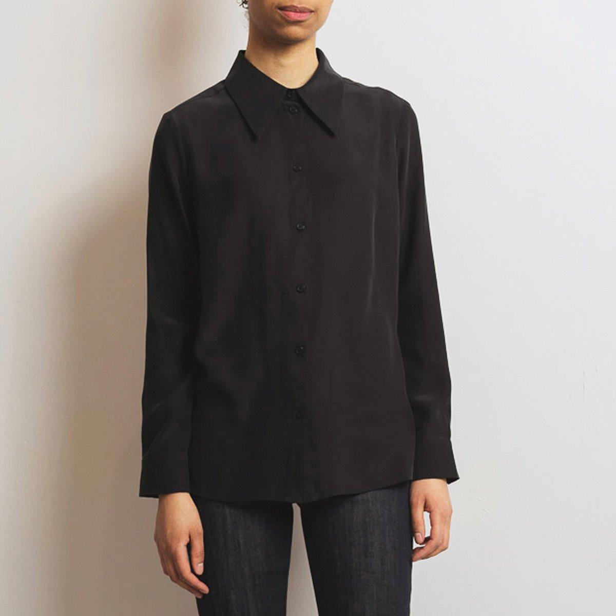 essential shirt in black silk