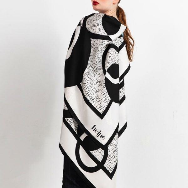 Silk scarf circles